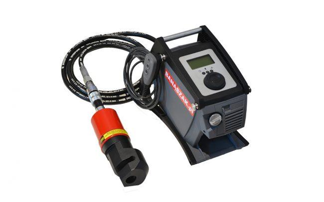 Akumulatorowa pompa hydrauliczna APH700 z głowicą GD-6