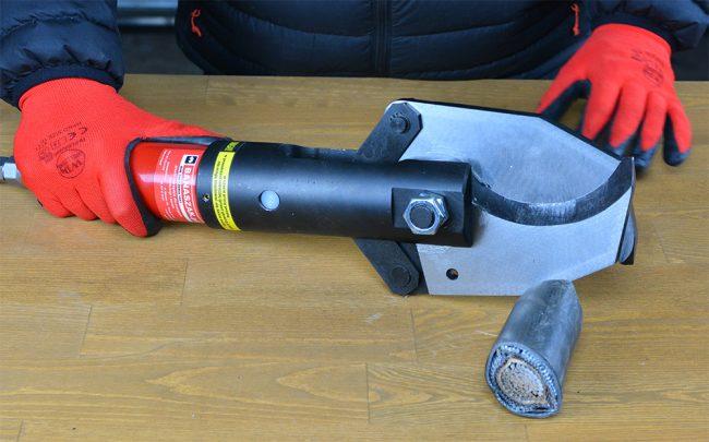 NK-80 - hydrauliczne nożyce do cięcia kabli